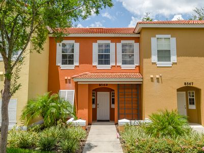 Photo for Very affordable home Just 5 minutes from the closest Disney park!