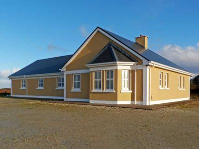 Photo for Detached Bungalow for 8