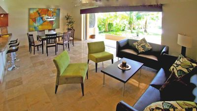 Photo for Luxury 2 Bedroom 2 Bath Waterfront Condominium in Paradise!!