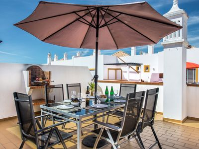 Photo for Penthouse apartment with aircon, terraces, access to three swimming pools.