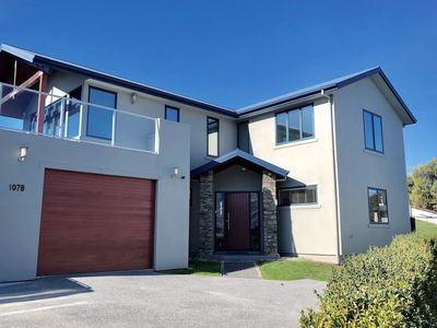 Photo for Sunny Lake and Mountain Views on Kings Drive