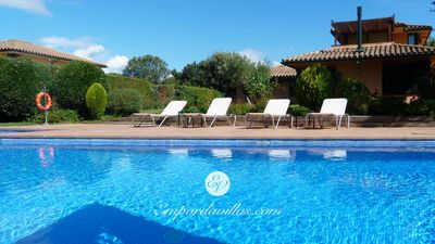 Photo for Exceptional Holiday Villa, large private pool, next to the Golf Course