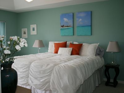 Photo for Comfortable Chic Condo with Gulf Access Sleeps 6!