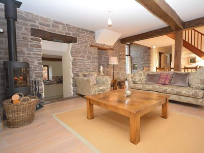 Photo for 6 bedroom Barn in Abergavenny - 56068