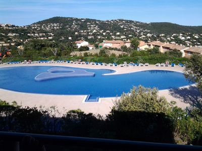 Photo for T2 WITH MAGNIFICENT VIEW ON GOLF SAINT TROPEZ AND SWIMMING POOL