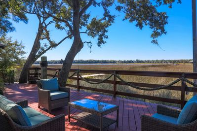 Amazing Backyard Deck with NEW Hot Tub, Boat Dock & Views of the Ashley  River - North Charleston