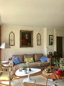Photo for Beautiful apartment on park and private garden, near woods, shops, very bright.