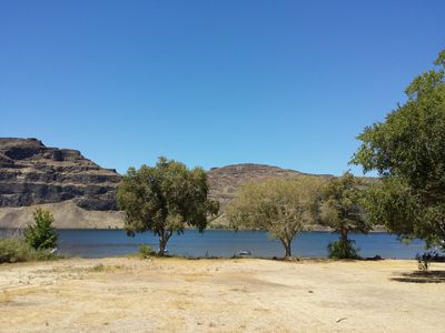 Photo for Waterfront, Sun, Concerts & Wineries enhance the fun at River House in Sunland!