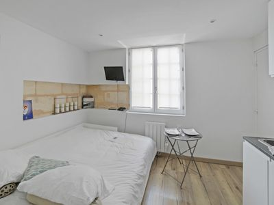 Photo for Cosy studio at the heart of Bordeaux, 2 steps to Capucins market - Welkeys