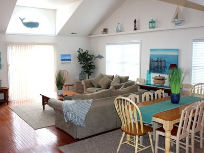 Photo for Huge 5 BR/3BA- 8/18-8/25, 8/25-8/31, Families & Adult Groups only, (NO PROMS!)