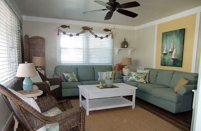 Photo for Beautiful 3 BR 2 Bath Ocean Block close to Beach, Lg Deck, Wifi, Linens Included