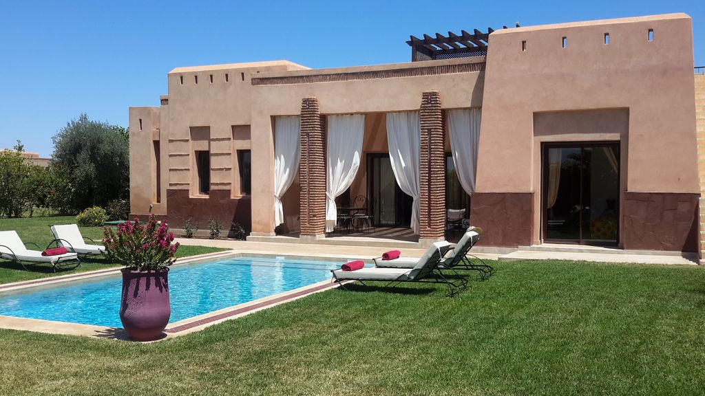 Luxury villa with private pool secure residence not for Bab hotel marrakech piscine