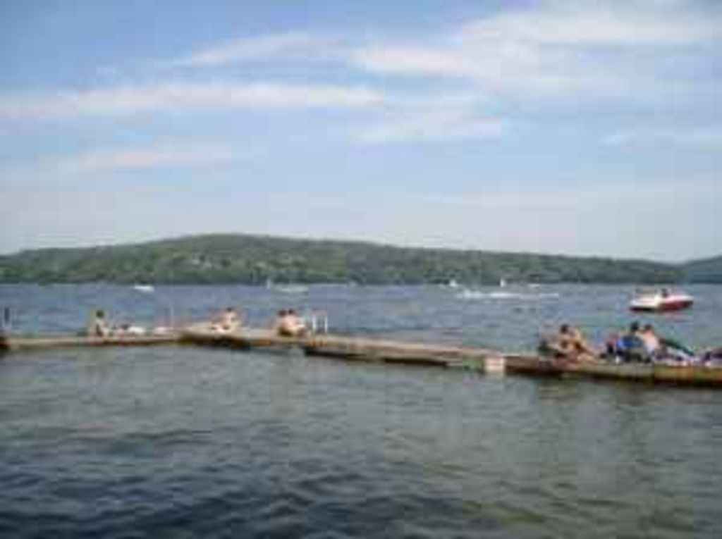 Fall winter specials in lake wallenpaupack pocono lake for Lake wallenpaupack fishing