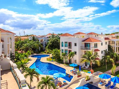 Photo for Beautiful Garden floor condo with pool views in Paseo del Sol by BRIC