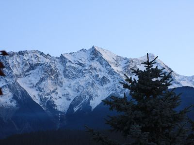 Photo for Cozy Pemberton Valley 2 bedroom, just a quick 30min drive to Whistler