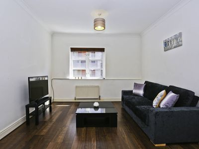 Photo for Sophisticated 1bed Apt next to Aldgate East 9885