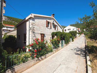 Photo for Apartments Dina, (12710), Komiža, island of Vis, Croatia