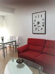 Photo for Sunny apartment, up to 6 PAX, a few meters from La Gran Via and Plaza de España