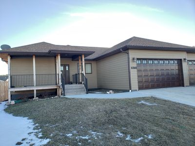 Photo for 5 Bedrooms, Covered Deck, Hot Tub & Full Access to the Black Hills