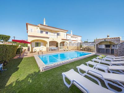 Photo for 4 bedroom villa, countryside views from balcony, heated pool & BBQ