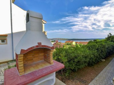 Photo for Apartment Mira in Rab/Barbat - 2 persons, 1 bedrooms
