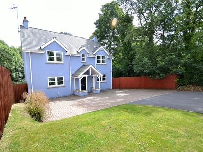 Photo for Executive 4 double bedroom detached family home