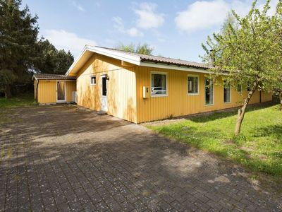 Photo for Vacation home Kramnitze in Rødby - 8 persons, 4 bedrooms