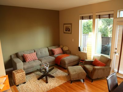 Photo for Modern townhome in excellent location