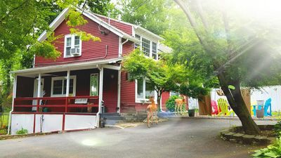 Photo for THE CARRIAGE HOUSE RETREAT!! EASY TO NYC..YOU'RE GOING TO LOVE IT HERE : )