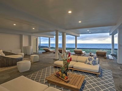 Mākaha House Rental   Sip Your Favorite Cocktail While Admiring The Splendid  Ocean Views.