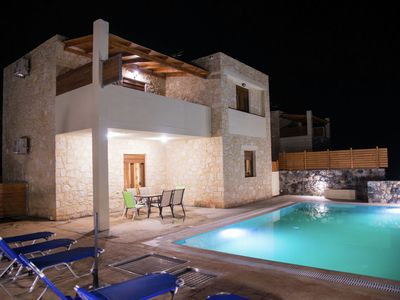 Photo for Luxurious Villa in Bali Crete with Private Pool