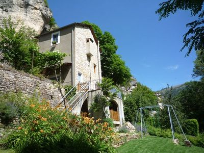 Photo for Cottage with garden and terrace by the river near Sainte Enimie