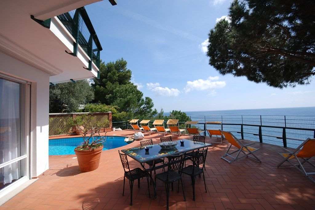 CHARMING VILLA near Nerano with Pool & Wifi. **Up to $-2832 USD off - limited time** We respond 24/7