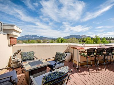 Rooftop Deck w/ AC! Near NAU and Downtown