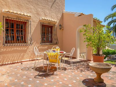 Photo for Lovely apartment for 5 guests with WIFI, private pool, TV and parking