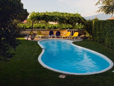 Photo for House with pool and garden with views of Mont Ventoux