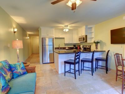 Photo for Location + Value in the heart of Lahaina + Free Parking and WiFi + Free Activities