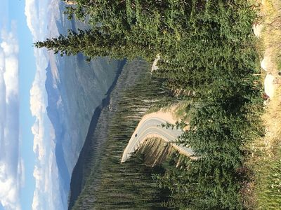 Photo for Explore fall colors and outdoor fun near Rocky Mountain Nat'l Park