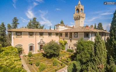 CHARMING CASTLEAPARTMENT near Montespertoli (Chianti Area) with Pool & Wifi. **Up to $-83 USD off - limited time** We respond 24/7