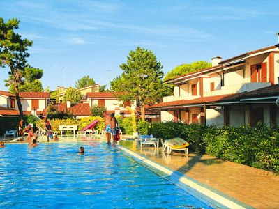 Photo for Holiday resort Villaggio Sole B, Bibione Spiaggia  in Venetische Adria - 6 persons, 2 bedrooms