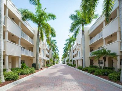 Photo for Unit 120 - 2 Bedroom 2 Bathroom Gulf Side Club Corner Condominium