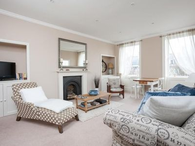 Photo for Classic Georgian flat offers luxurious and spacious accommodation