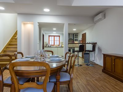 Quiet Apartment family-friendly with AC near the city center 5 and Sony SmartTV