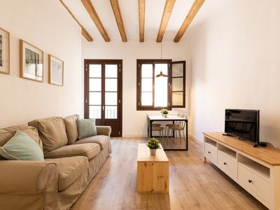 Photo for LOVELY AND BRIGHT APARTMENT WITH AN EXCELLENT LOCATION FOR 3