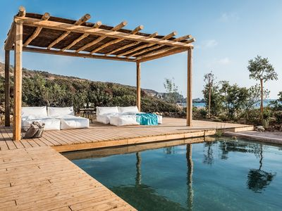 Photo for The Old Beach House - Beachfront with Heated Swimming Pool