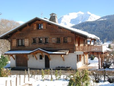 Photo for Ormaret chalet facing the Mont-Blanc chain 800m from the slopes
