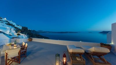 Photo for Perfect House, Oia, Santorini Volcano View 2br 4guests