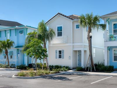 Photo for By the Shore Cottage! Hotel Amenities Included + Cleaned Daily, near Disney