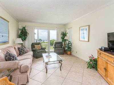 Photo for Oceanfront Complex! Amenities Include Pool, Fitness Center, Tennis Court, and Direct View!