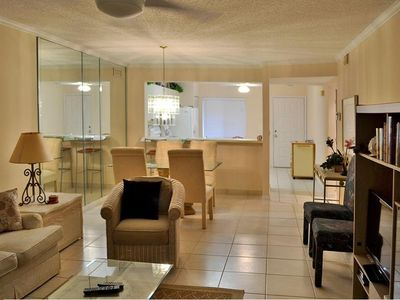 Photo for Beautiful condo minutes from 5th Ave and Gulf